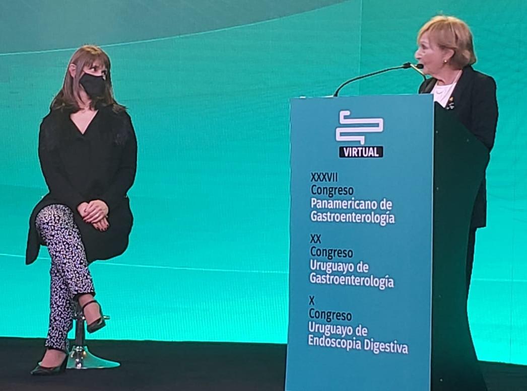 Maestra de la Gastroenterología Panamericana.